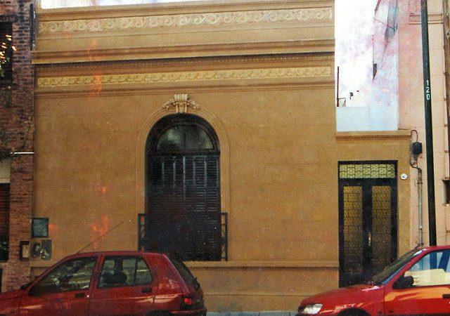 Casa calle Julián Alvarez 842