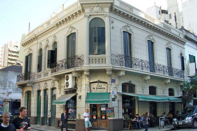 """Bar notable """"La Poesía"""""""
