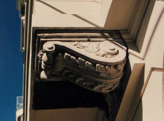Casa Calle Hipólito Yrigoyen